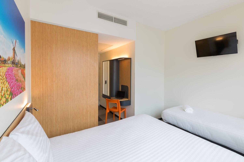 maxhotel single room